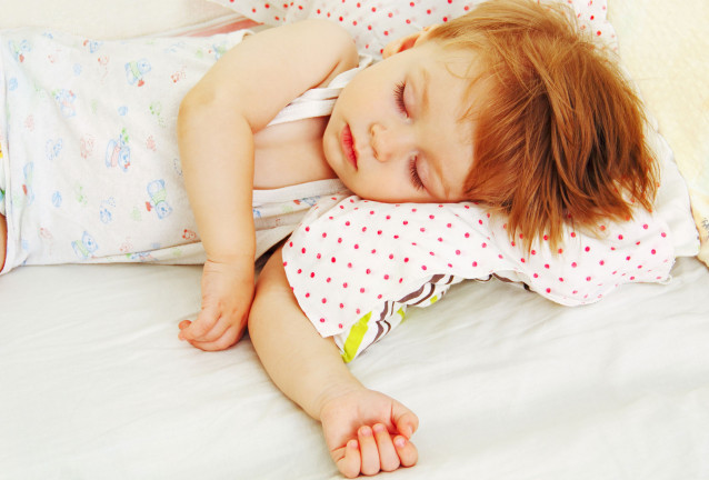 How to Let Your Toddler Sleep In a Different Place