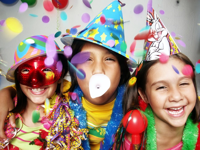 How Your Kids Can Celebrate New Year's Eve with a Bang