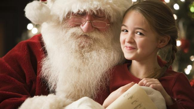 How Should You Open Your Kids' Eyes to the Truth About Santa?