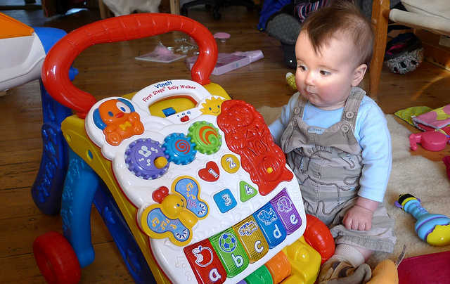 Toys For Tots Ideas : Noisy and flashy toys may slow down your toddler s